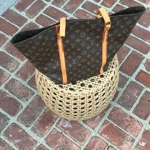 Louis Vuitton large sac handbag